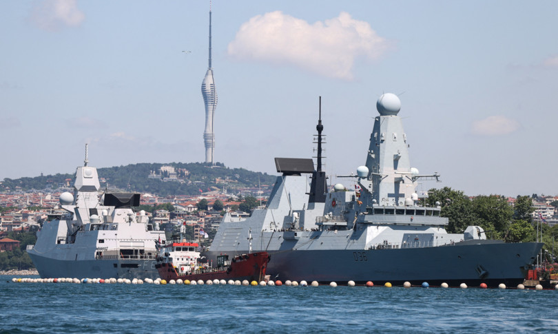 russia colpi avvertimento mar nero contro cacciatorpediniere britannico
