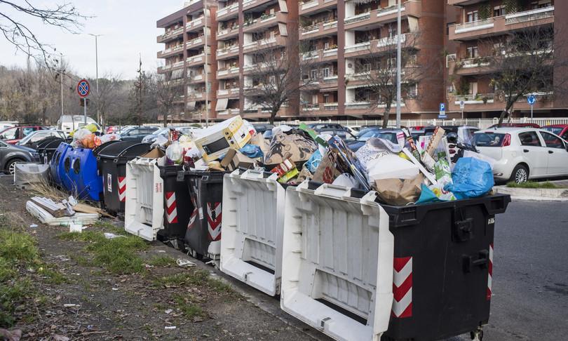 rifiuti roma ordine medici crisi igienica