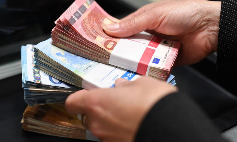 riciclaggio denaro sale slot Udine indagati cinesi