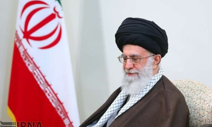 Ayatollah Khamenei vaccinato farmaco made iran