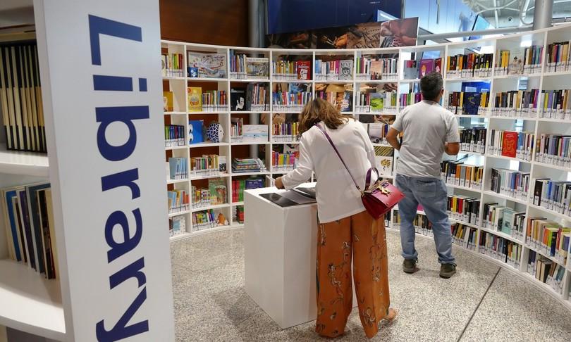 Cagliari apre prima biblioteca aeroporto Elmas