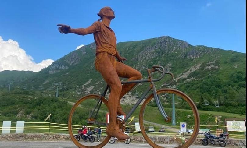 montecampione bresciano statua ricorda pirata marco pantani
