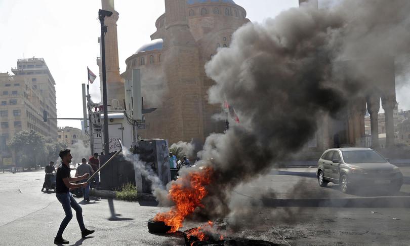 libano proteste caro vita feriti tripoli