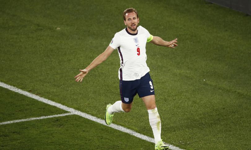 Inghilterra travolge Ucraina, 4-0 e va in semifinale