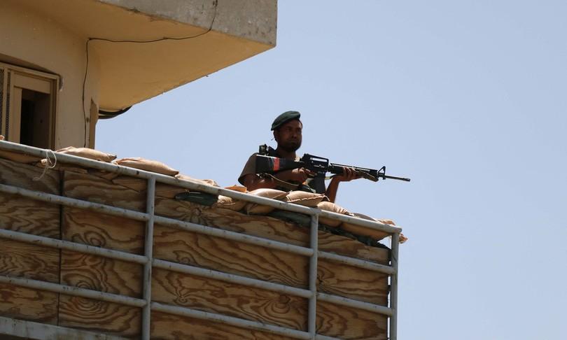 Afghanistan talebani avanzano conquistano Kandahar