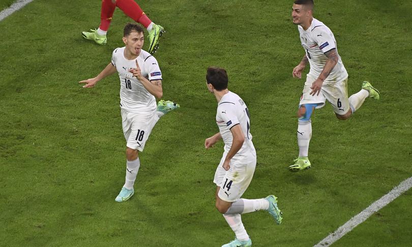 italia semifinale spagna barella arbitro