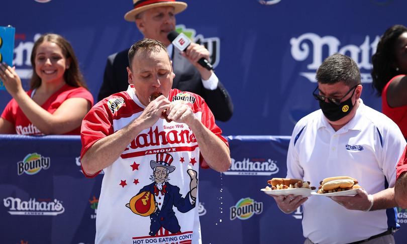 divoratore hot dog usa record
