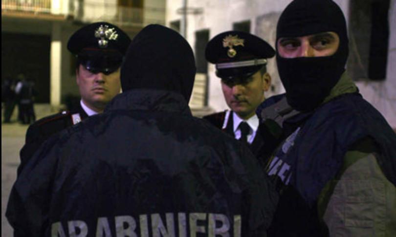 terrorismo bomba centro impiego avellino arrestati no-mask
