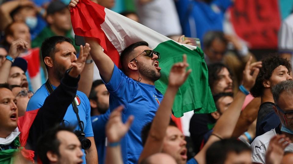 Tifosi italiani a Wembley per finale Euro 2020