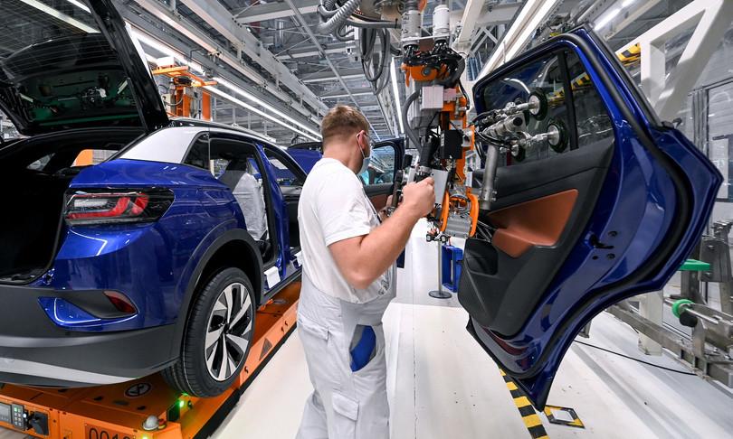 carenza chip freno produzione auto
