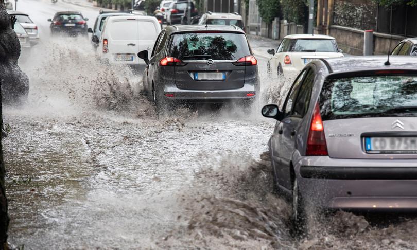Maltempo temporali nubifragi weekend italia rischi allagamenti