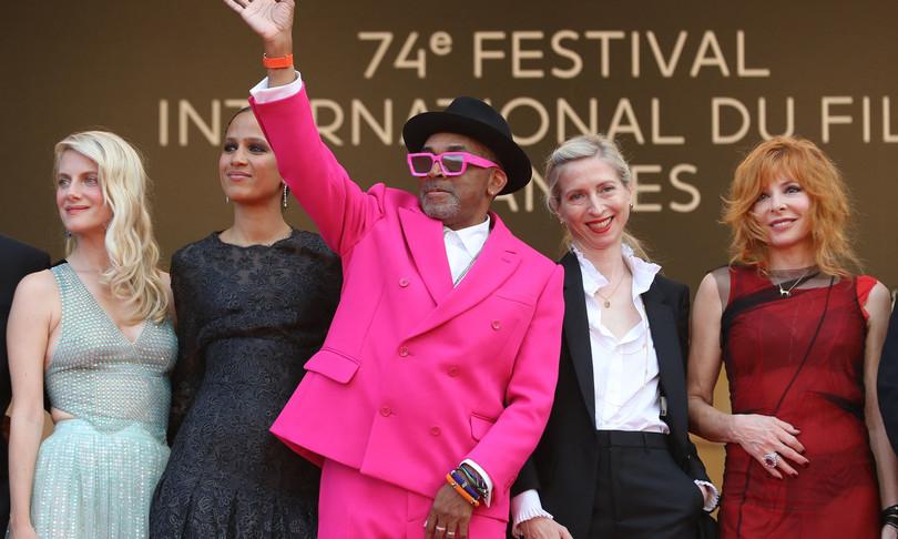 Cannes Palma d'Oro Julia Ducournau Titane