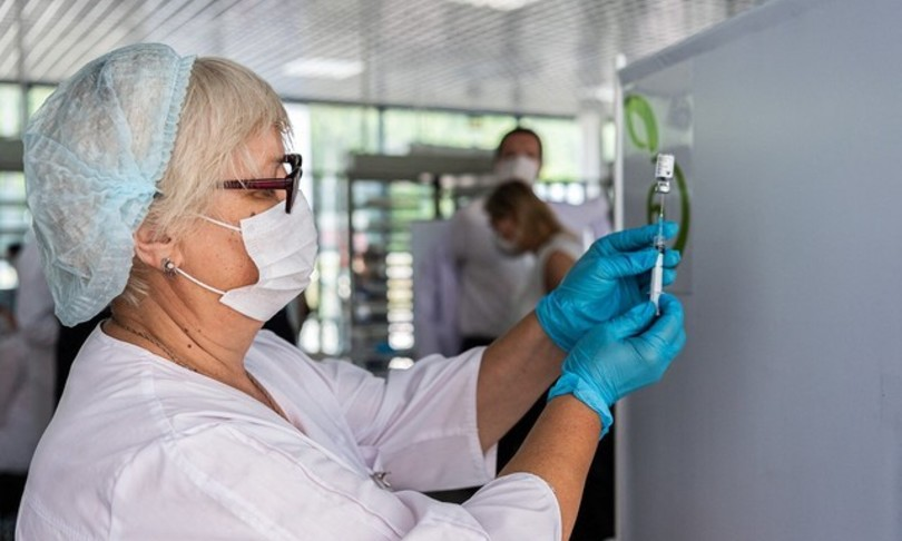 Covid casi decessi vaccino