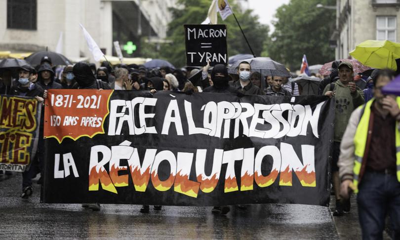 covid francia proteste contro green pass