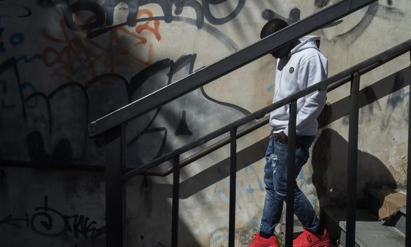 infanzia Rapporto Save the Children tratta essere umani