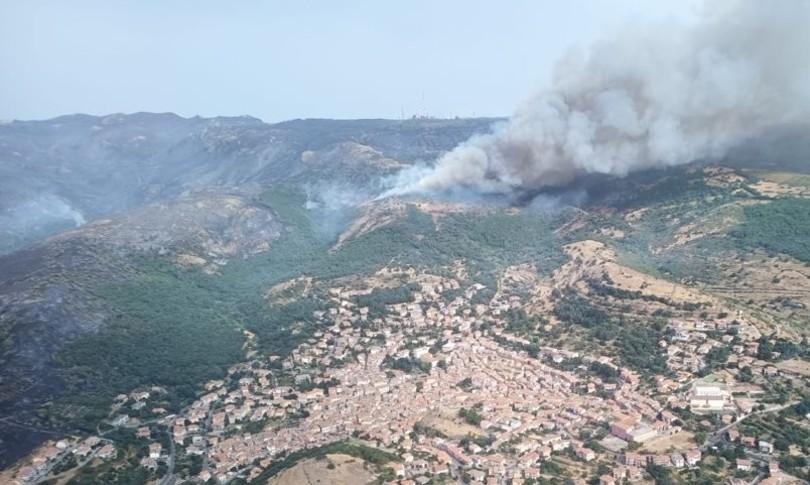 Incendi Sardegna Oristanese fuoco indagini