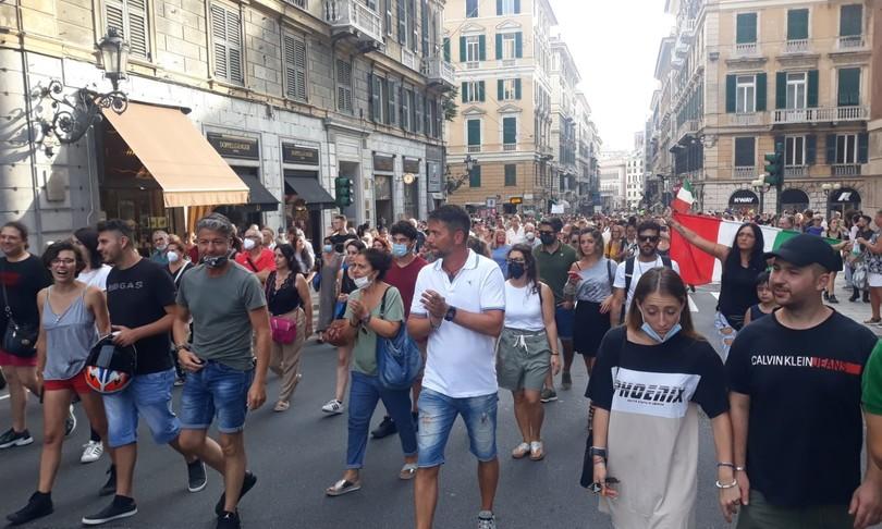 torna protesta piazza green pass