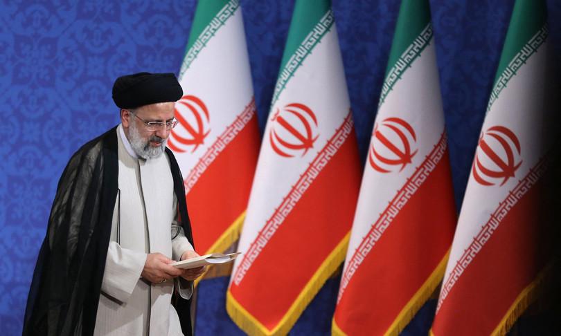 Iran Raisi crisi economica nucleare tensione Golfo