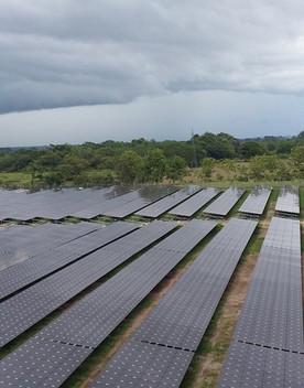 Una legge impedisce il fotovoltaico sui terreni bruciati