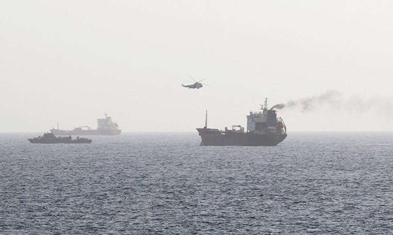 golfo oman 6 petroliere perso il controllo