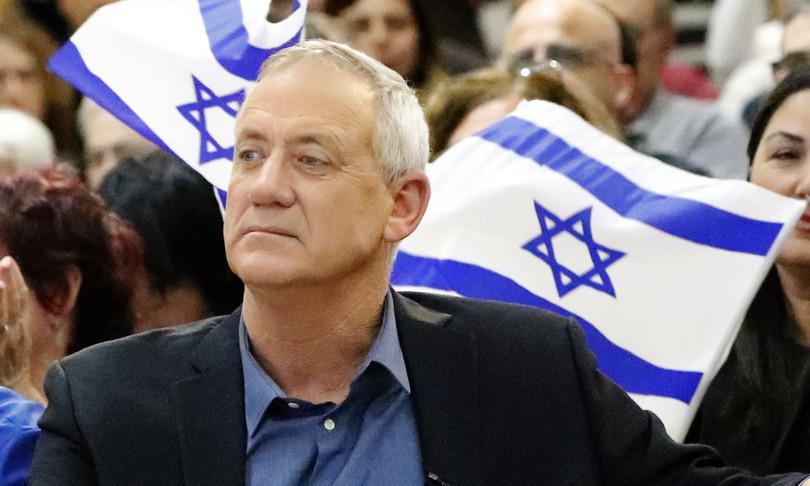 Allarme Israele Iran vicino atomica