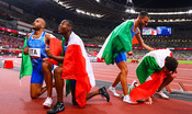 Lorenzo Patta, Marcell Jacobs, Eseosa Desalu e Filippo Tortu primi per un centesimo davanti alla Gran Bretagna