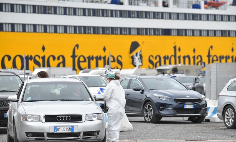 covid frena aumento sardegna sicilia rischio giallo