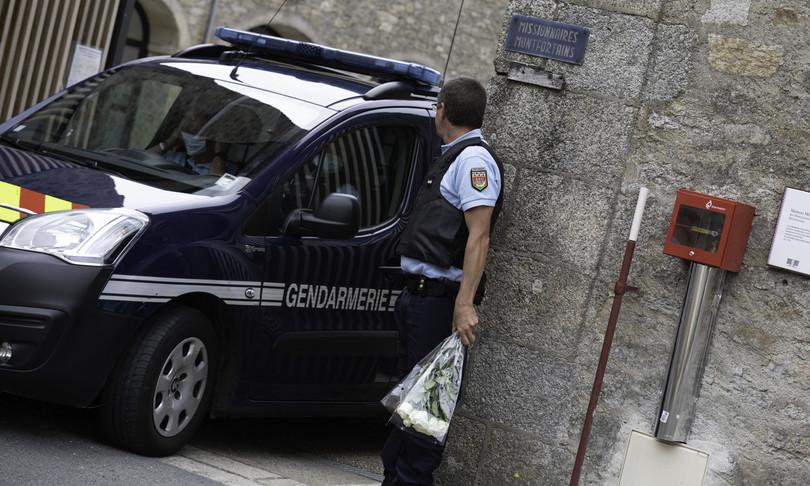 ucciso sacerdote francia vandea