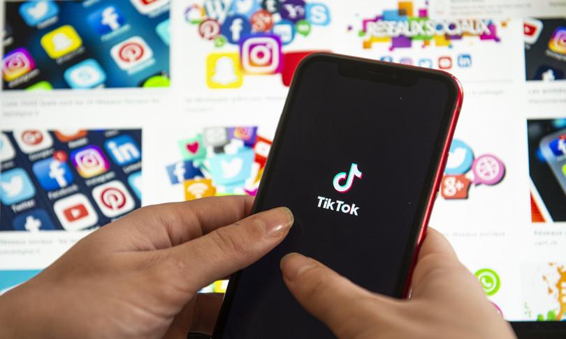 TikTok supera Facebook come app più scaricata del 2020