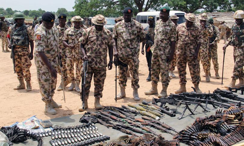 Nigeria comandante Boko Haram si arrende con famiglia