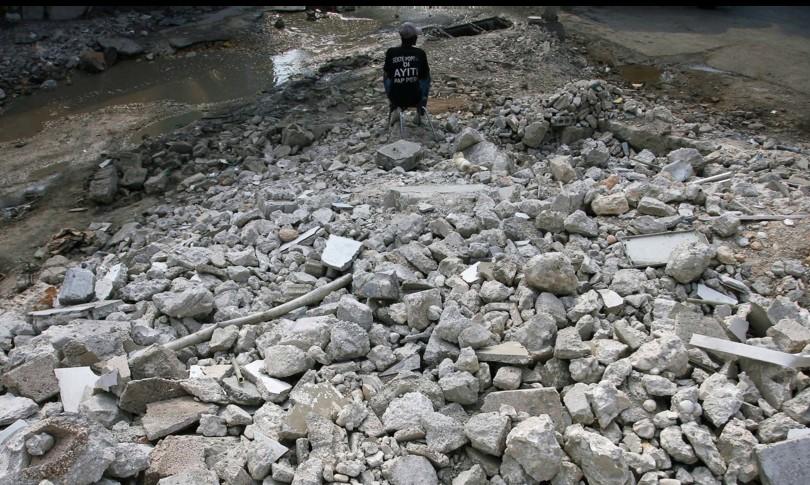 Terremoto Haiti vittime allarme tsunami case crollate