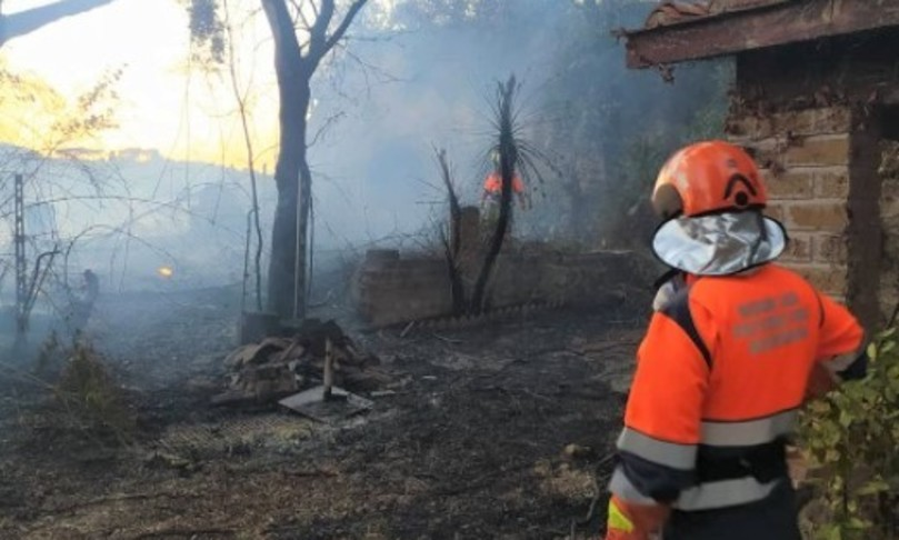 maxi incendio roma capena via tiberina