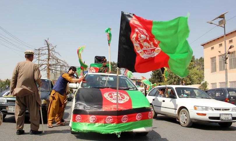 Afghanistan combatte muore per bandiera