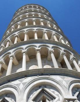 La Torre di Pisa è un maestoso strumento musicale mai completato