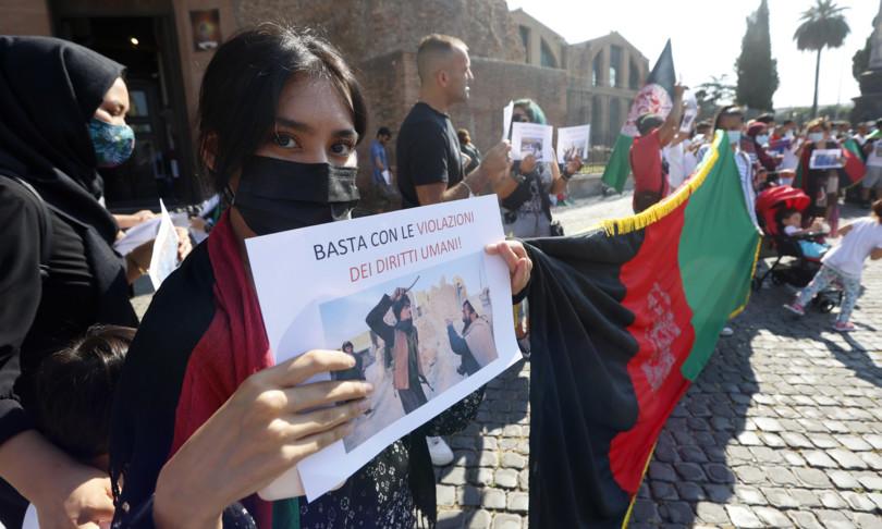 afghanistan manifestazione roma talebani