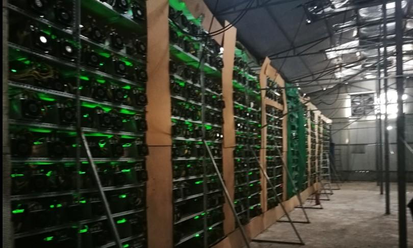 Bitcoin miners lasciano Cina dopo stretta governo