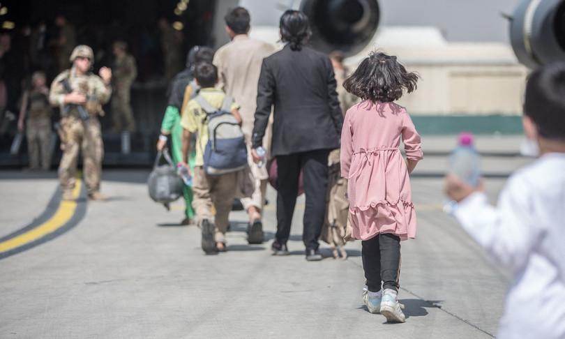 300 mila civili hanno lavorato per usa in afghanistan