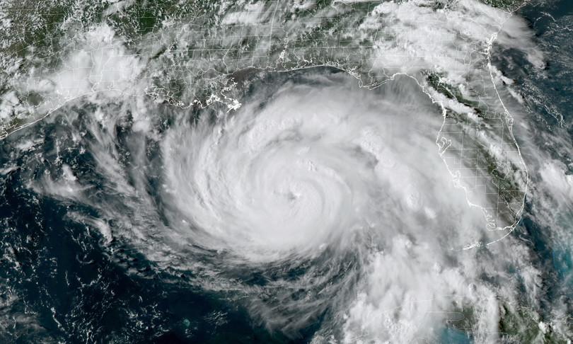 uragano ida rinforza stop voli new orleans