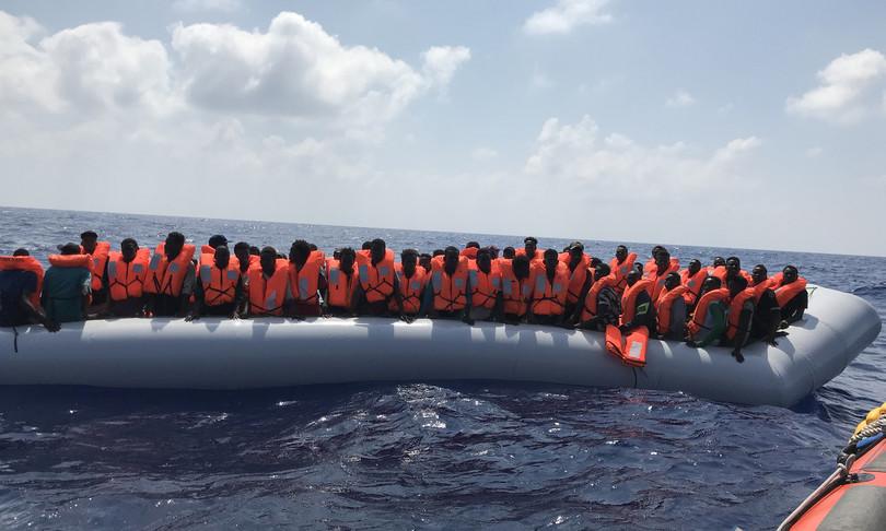 Migranti hotspot Lampedusa sos Egeo