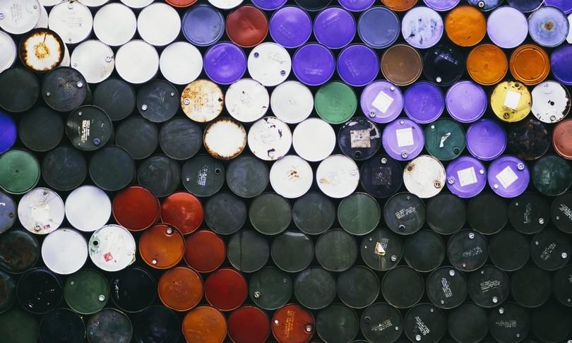 Petrolio calo quotazioni Arabia Saudita taglia prezzi