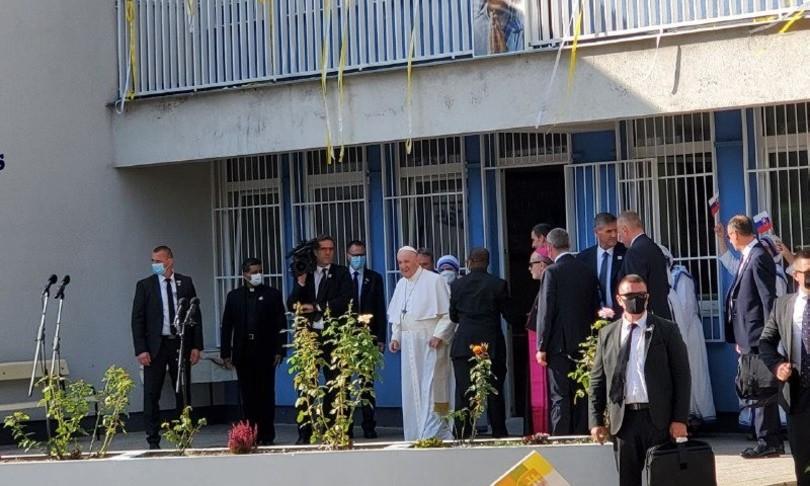 papa francesco europa mostri solidarieta
