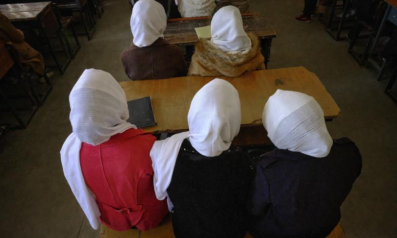 talebani afghanistan materie scolastiche sharia