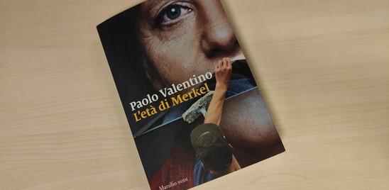 """In libreria """"L'età di Merkel"""" raccontata da Valentino"""