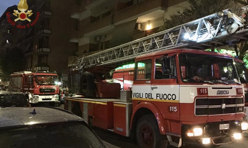 Roma incendio appartamento morta donna