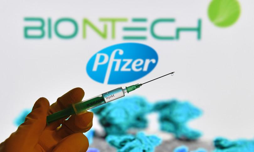 Gli esperti dell'Fda frenano sulla terza dose di Pfizer per tutti gli americani