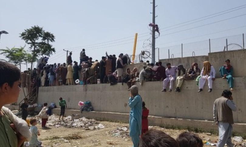 Gb diffusi mail foto 250 interpreti afghani ora pericolo