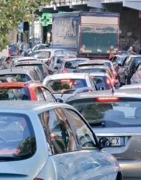 Dopo il lockdown a Roma sono raddoppiate le emissioni delle auto