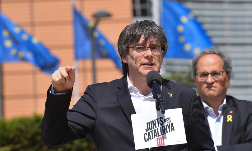Arrestato Sardegna ex presidente catalano Puigdemont
