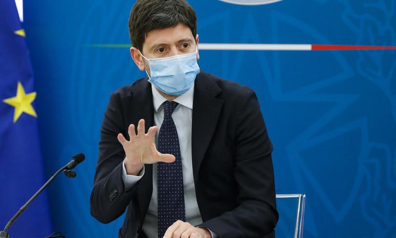 Vaccino Roberto Speranza autonomia Luigi di maio multilateralismo