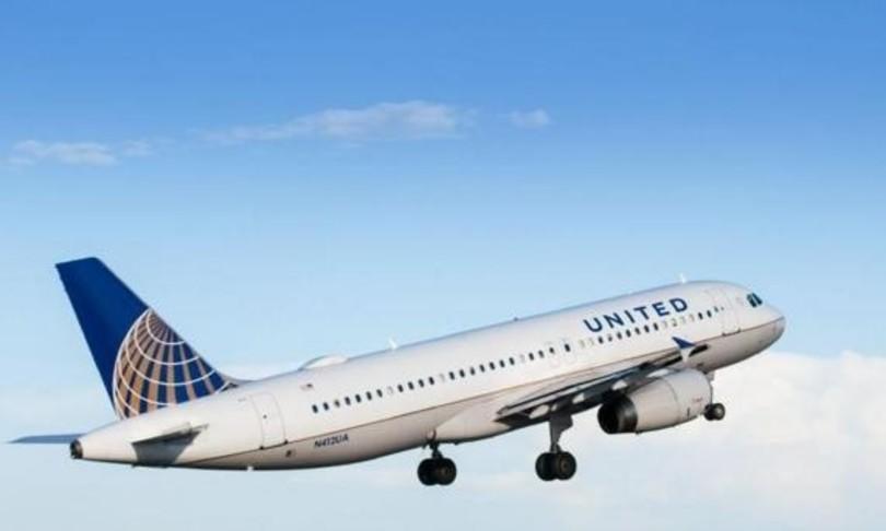 united airlines licenzia dipendenti no vax